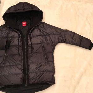 c30f73733025 Nike Jackets   Coats - Nike Uptown 550 Down Cocoon Jacket Size Medium